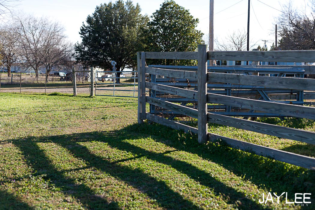 barn texas, shadow photography