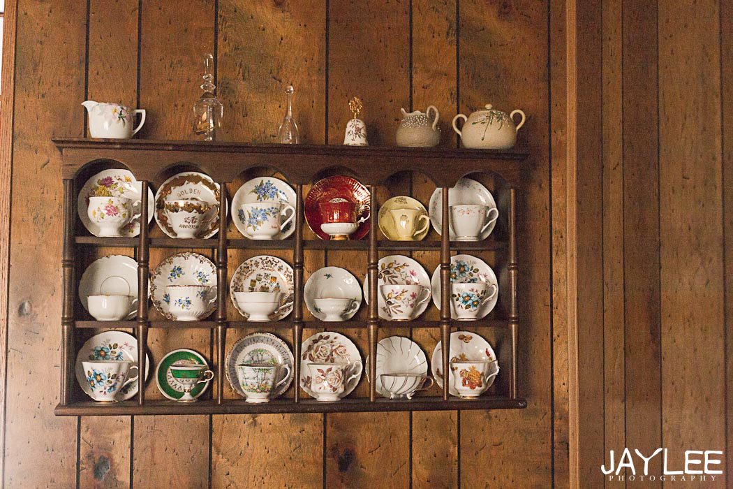 teacup and saucer collection, teacup collection, seattle lifestyle portraits, seattle family photography