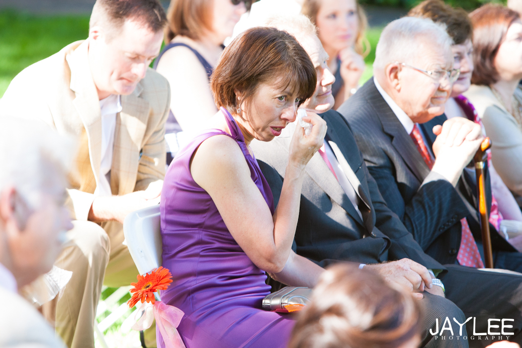 mom crying at wedding, wedding guests, seattle wedding photography, wedding photographer in seattle, photojournalistic wedding photography seattle