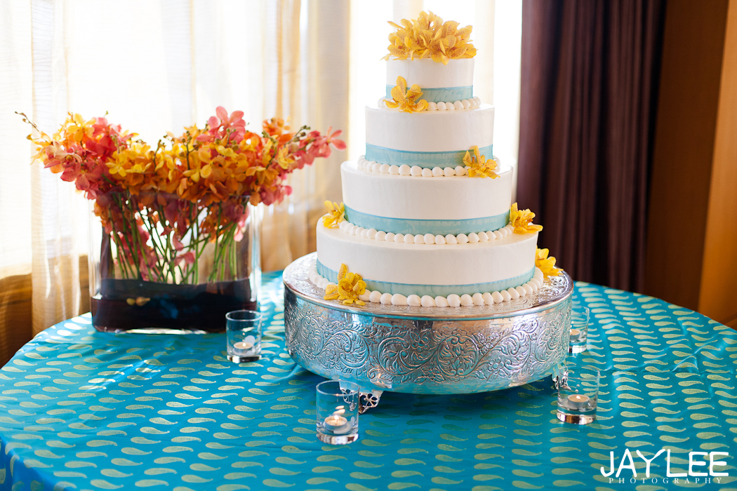 blue and yellow cake, beautiful wedding formals, wedding formal photography, seattle wedding photographer, sheraton hotel seattle wedding photographer, beautiful wedding photography, mixed religion wedding, tibetan wedding photographer, pakistani wedding photographer, unique seattle wedding photographer