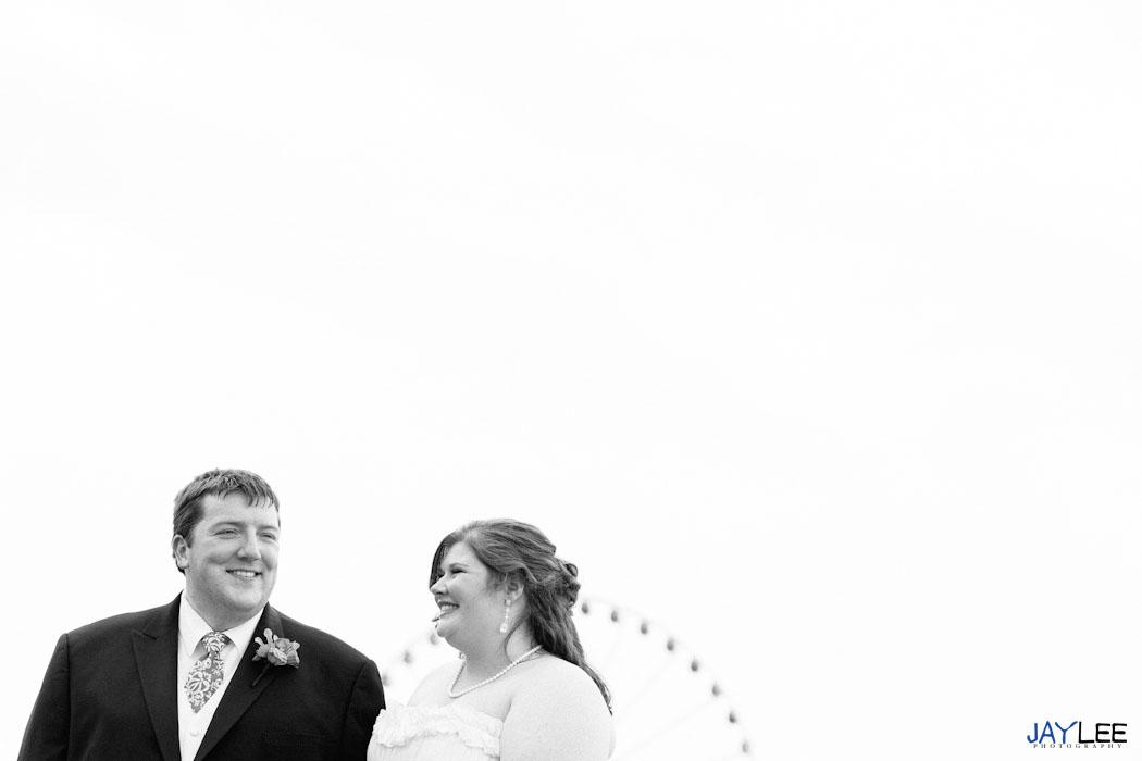 ferris wheel wedding photography, ferris wheel wedding photography seattle, black and white wedding portraits, first look photography, first look seattle photography, unique wedding photographer seattle, modern wedding photographer seattle, wedding photographer seattle