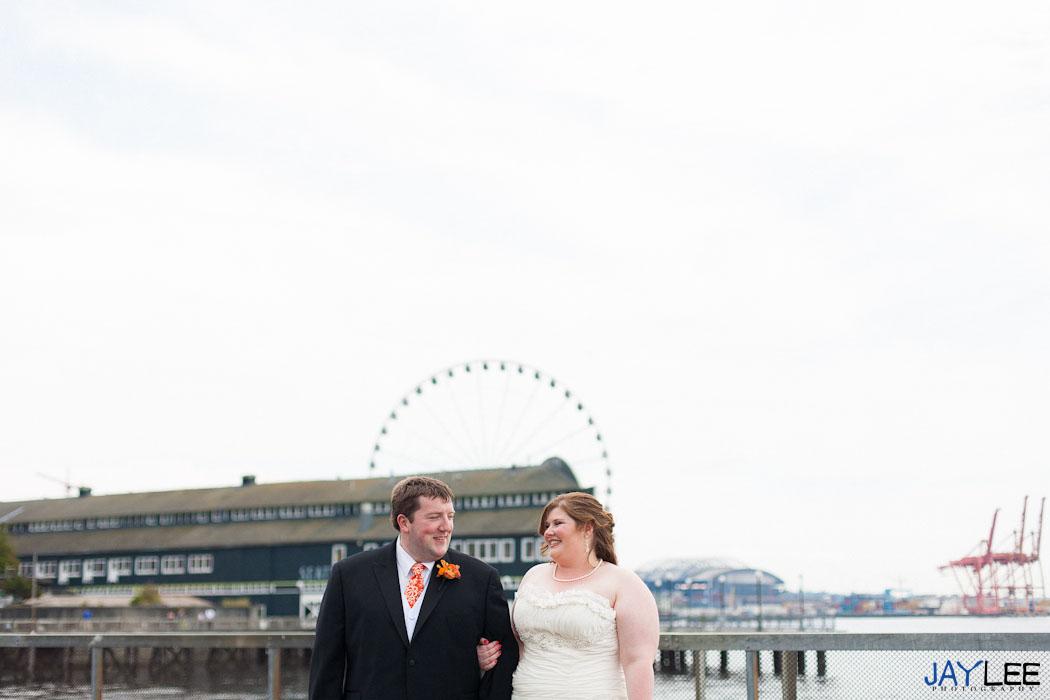 ferris wheel photography seattle, seattle wedding photographer, withinsodo wedding photographer, withinsodo seattle