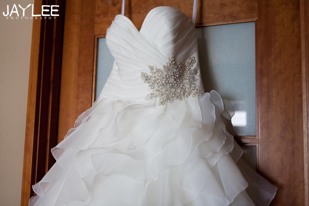 wedding gown photography, hyatt seattle wedding