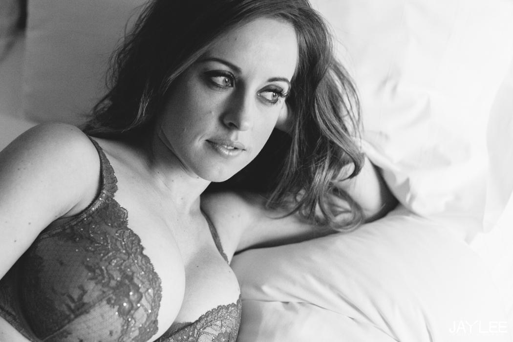 boudoir seattle, valentines day boudoir seattle, classy boudoir seattle,  female photographer boudoir seattle