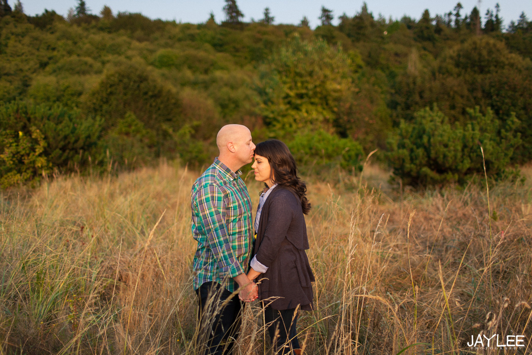 seattle engagement photographer, seattle engagement, pretty engagement photos, fun engagement photos, seattle wedding photographer, ballard wedding photographer