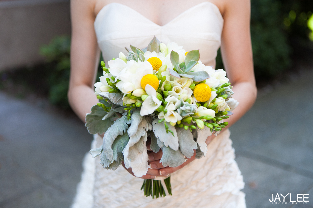 gorgeous summer yellow and white bouquet