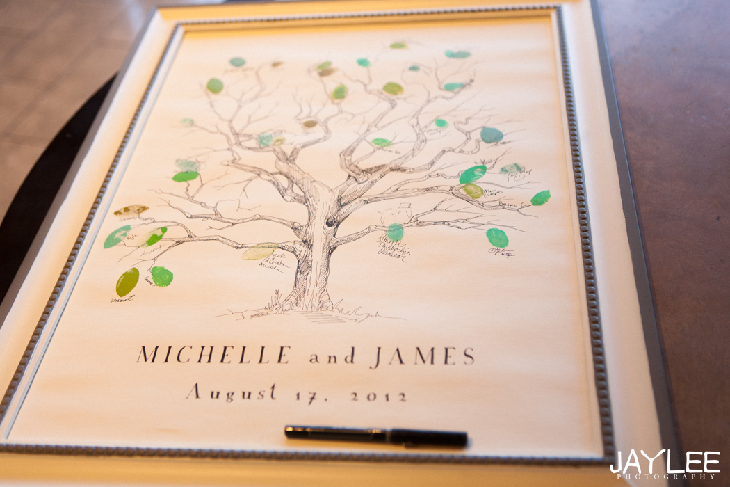 guestbook thumb print tree for wedding