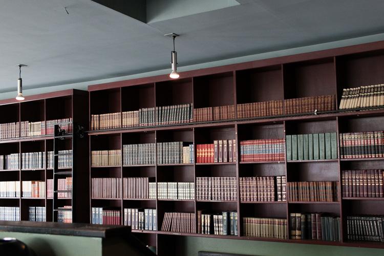 bauhaus books and coffee in seattle washington