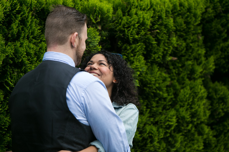 summer seattle engagement session in downtown