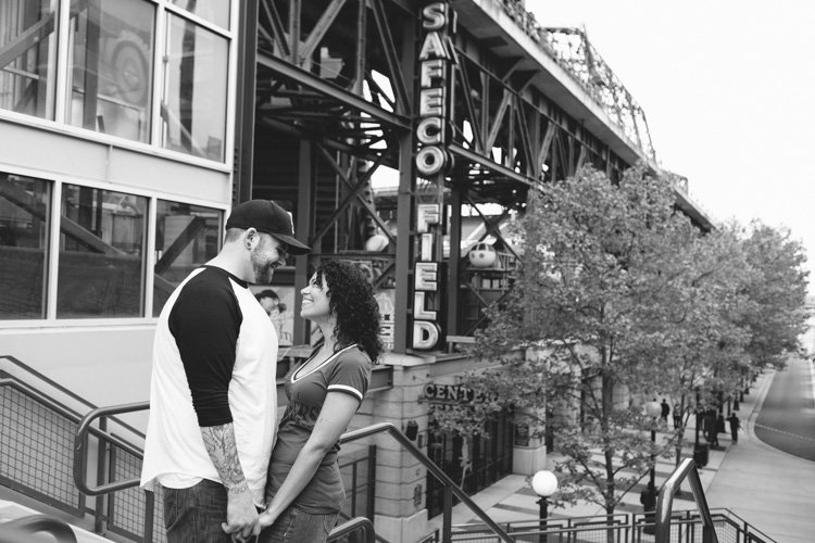engagement photo shoot for mariners fans at safeco field