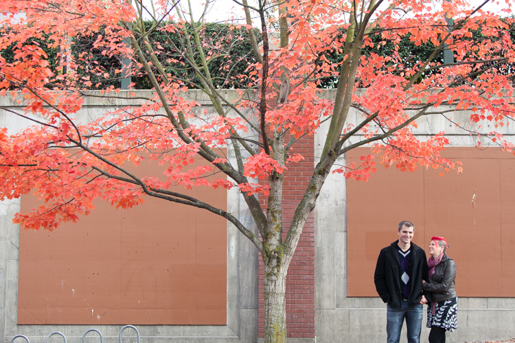 fall engagement session in seattle