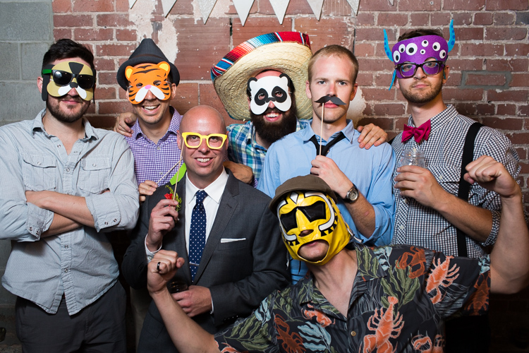 awesome wedding photobooth