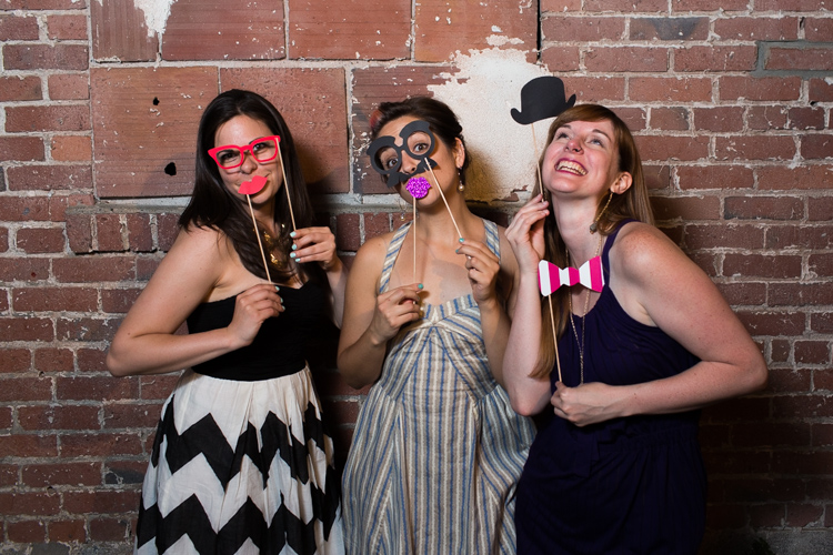 awesome wedding photobooth seattle