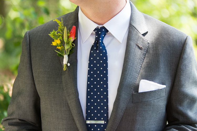 Grey Suit With Navy Tie | My Dress Tip