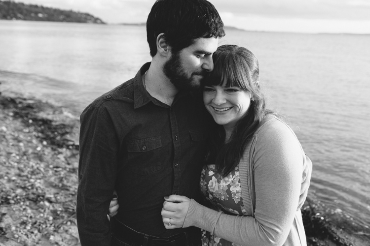 discovery park beach engagement sessionm_j_esesh-32