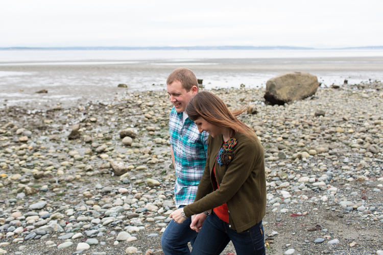 engagement photography on the beach