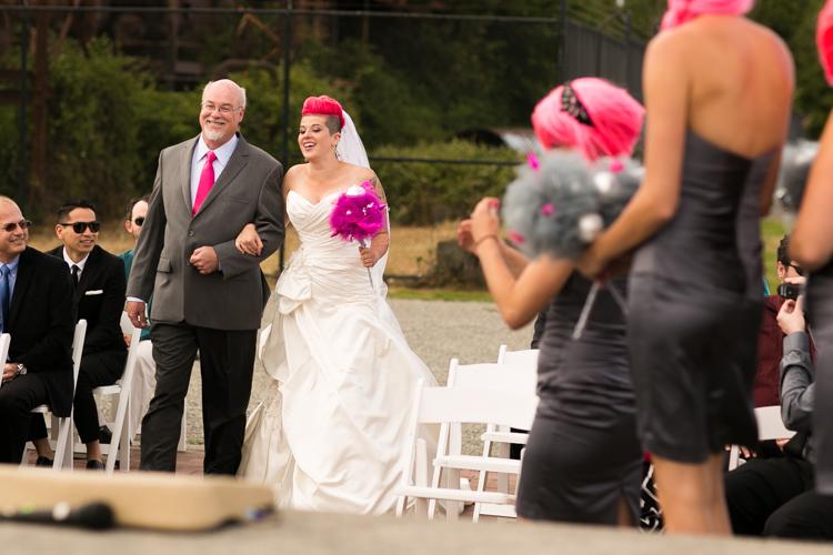 offbeat bride seattle wedding photographer