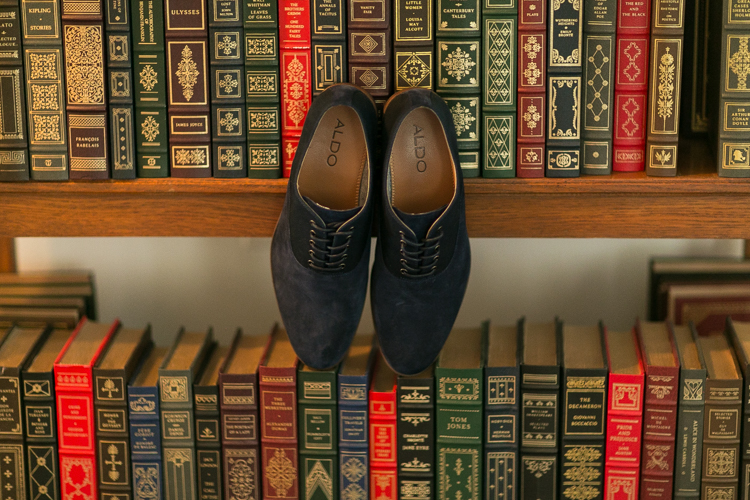 groom shoes photography