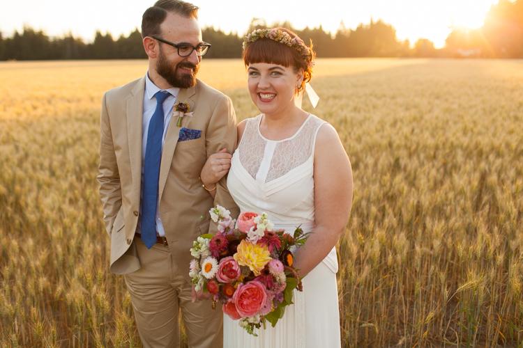 offbeat seattle wedding photographers, seacliff gardens wedding photography