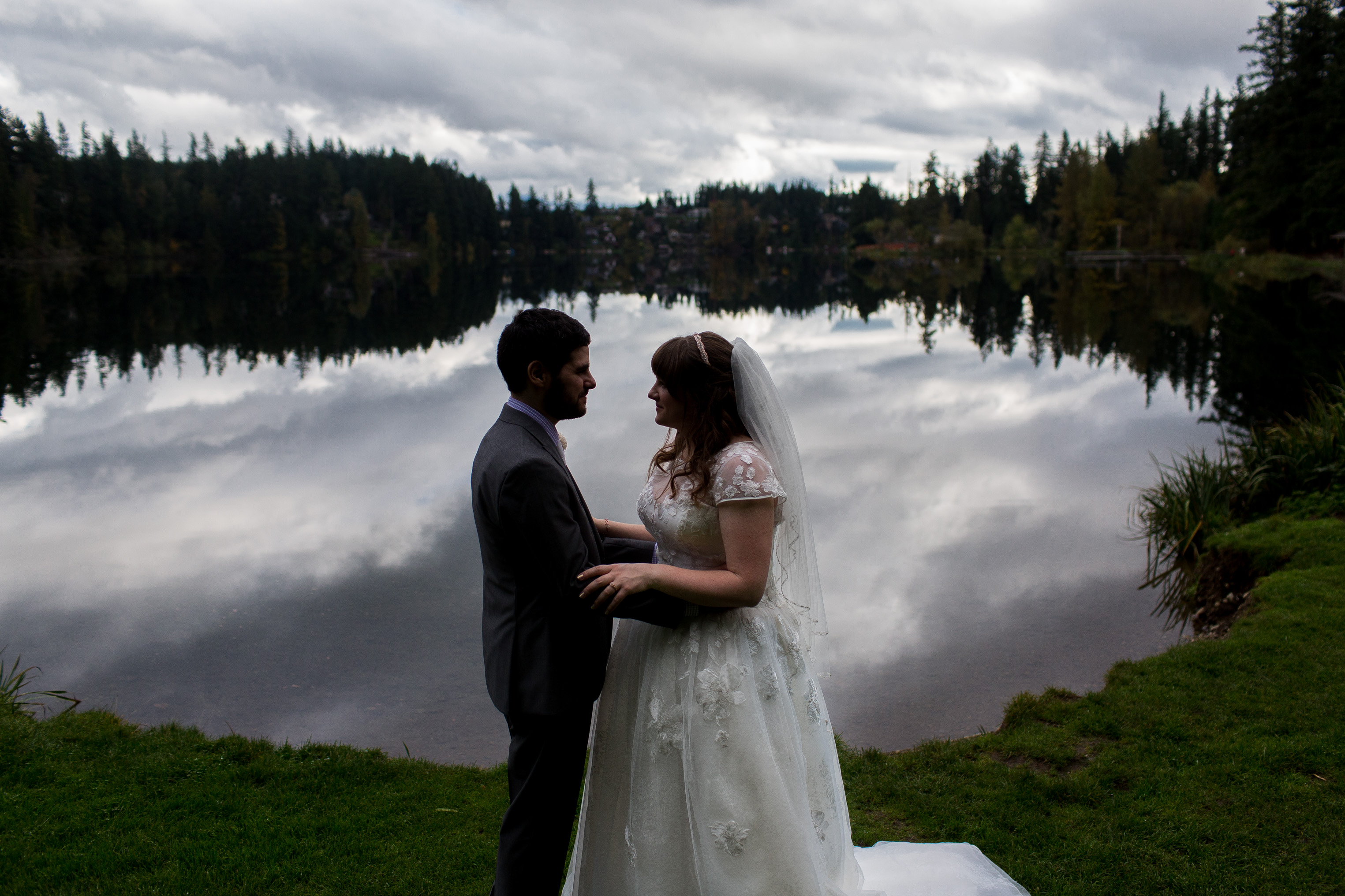 Lake Wilderness Lodge Wedding, JayLee Photography, cloud reflection wedding photography