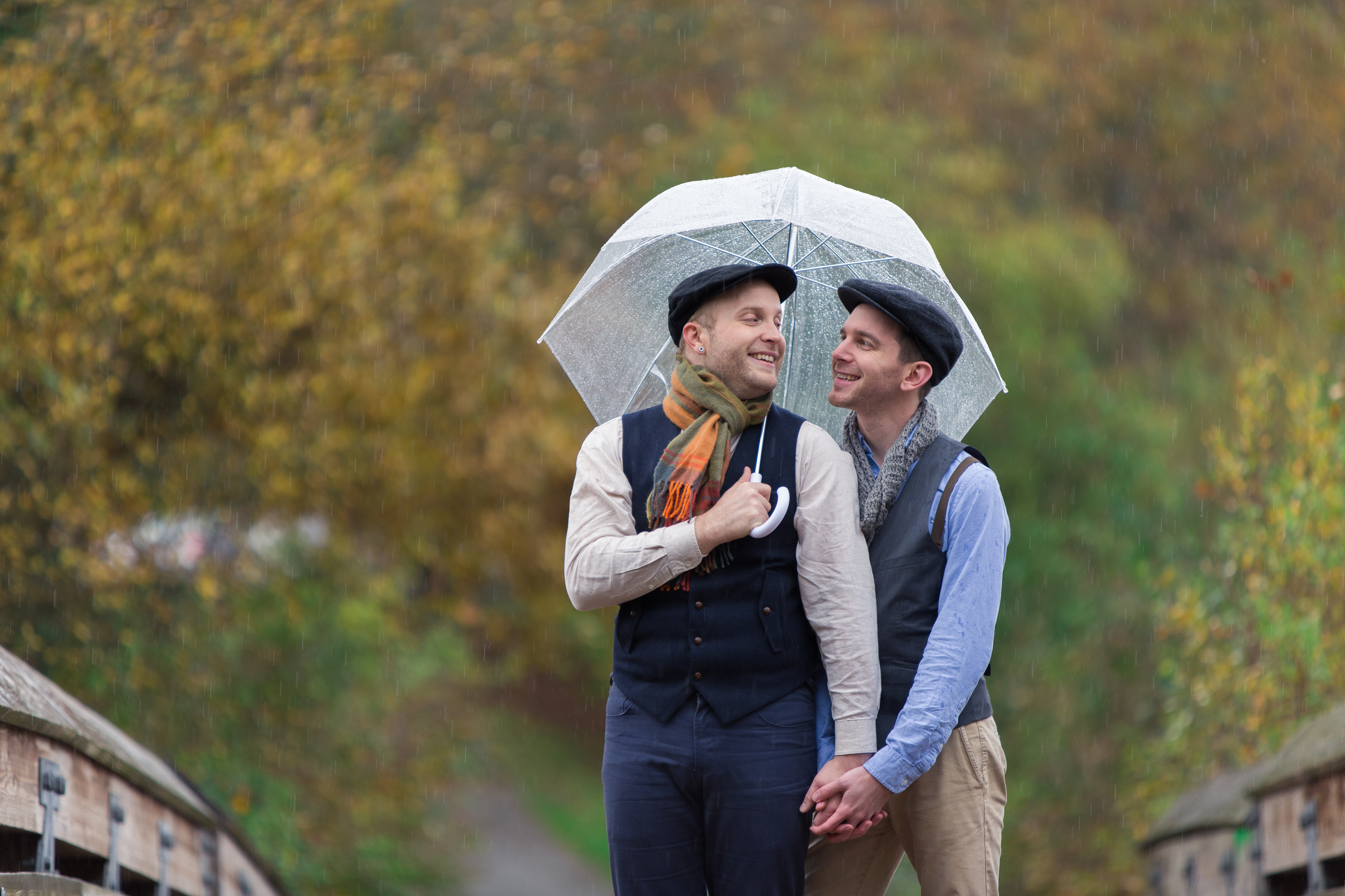 arboretum engagement, same sex engagement, gay engagement seattle, same sex engagement seattle, rainy day seattle engagement, beautiful fall engagement