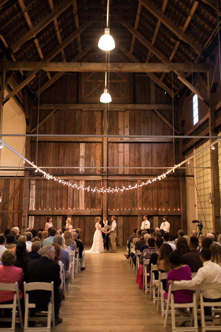 Lovely vintage styled wedding at Pickering Barn in Issaquah, WA