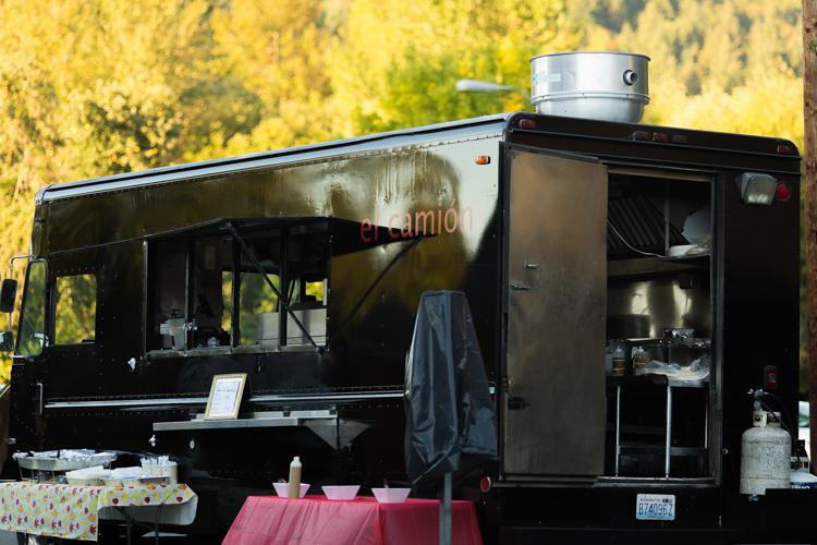 El camion taco truck for wedding reception.
