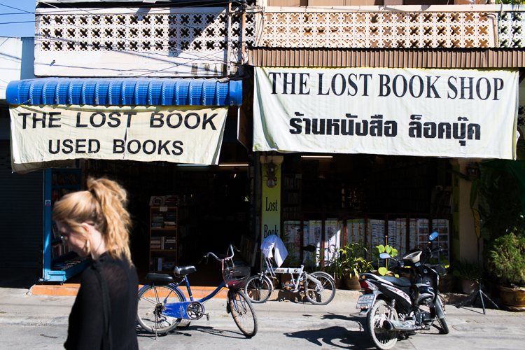 chiang mai bookstores