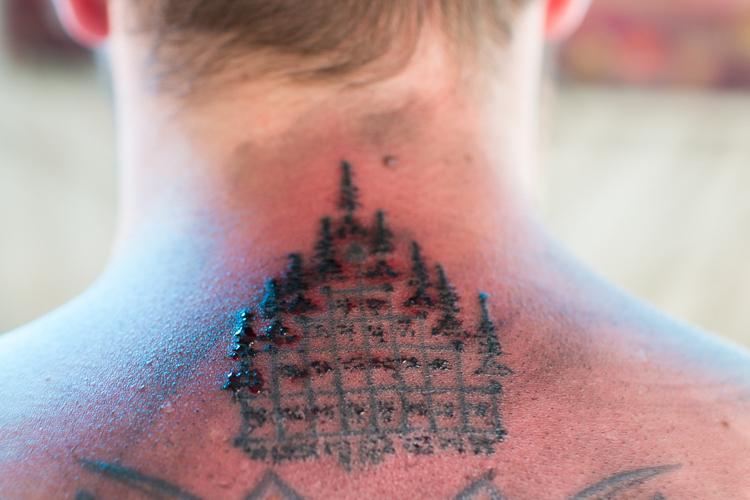 sak yant tattoo thailand wat bang phra