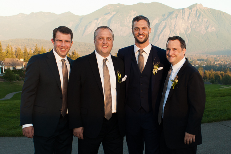 groomsman snoqualmie ridge