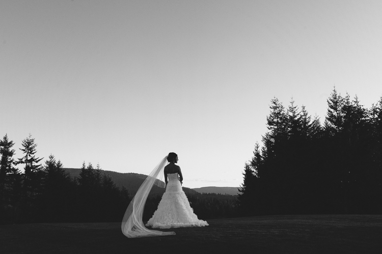 beautiful black and white bridal photography