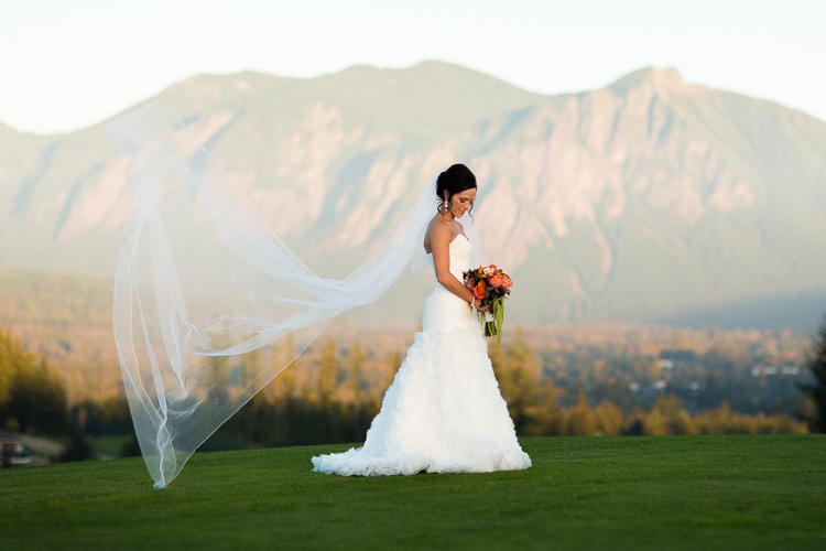 stunning bridal photography snoqualmie