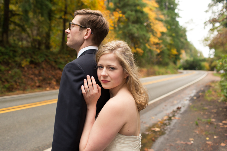 Stylish fall wedding photos.