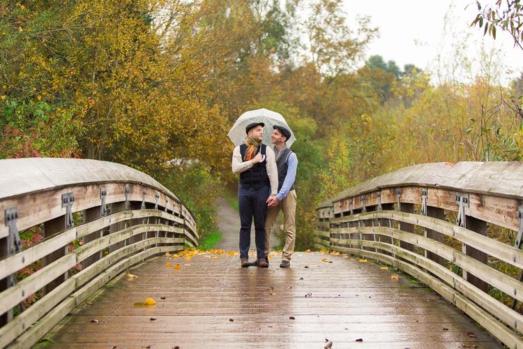 rainy bridge engagement photos