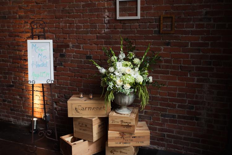 floral arrangement wedding reception