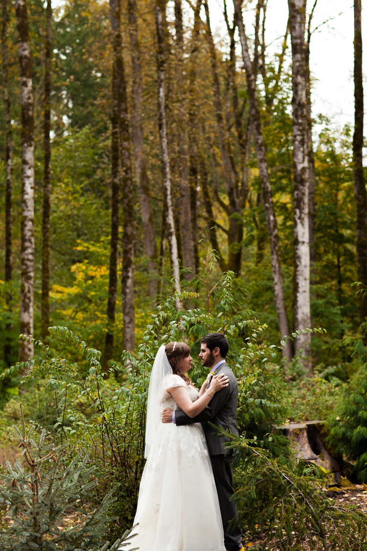 m-j-wed-lake-wilderness-lodge-wedding-32