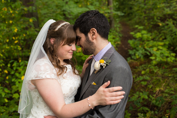 m-j-wed-lake-wilderness-lodge-wedding-37